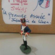 Figuras de Goma y PVC: TIMPO, SOLDADO FRANCÉS DE INFANTERÍA, WATERLOO, GUERRAS NAPOLEÓNICAS, COMP. LAFREDO TAMAÑO BRITAINS. Lote 128485763