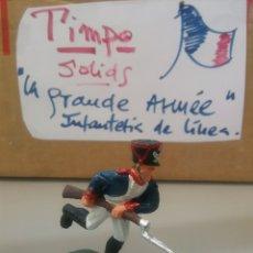 Figuras de Goma y PVC: TIMPO, SOLDADO DE INFANTERÍA FRANCESA, GUERRAS NAPOLEÓNICAS, WATERLOO, COMP.LAFREDO TAMAÑO BRITAINS. Lote 128598659