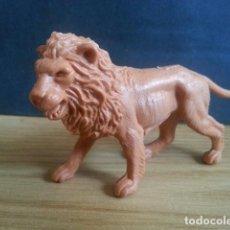 Figuras de Goma y PVC: ANTIGUO MUÑECO FIGURA DE LEÓN. AÑOS 70. PECH. ANIMAL COMANSI LAFREDO DUNKIN JECSAN REAMSA. Lote 128611819
