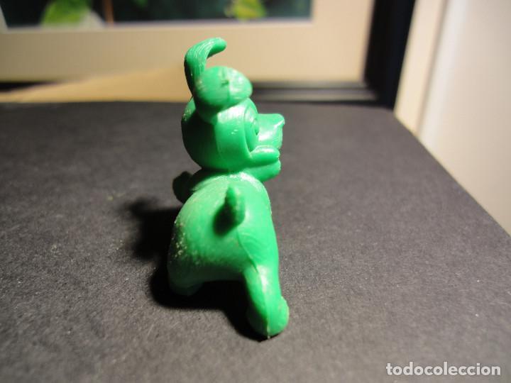 Figuras de Goma y PVC: Figura IDEAFIX (Asterix y Obelix). Dunkin Chicles Premium. Años 70. Original y buen estado - Foto 3 - 128738875