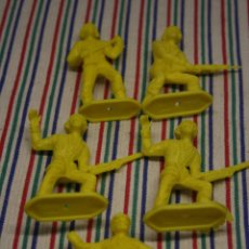 Figuras de Goma y PVC: 5 SOLDADOS ESPAÑOLES COMANSI. Lote 128960475