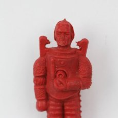 Figuras de Goma y PVC: FIGURA DE PLÁSTICO / PVC - HOMBRE DEL ESPACIO / ASTRONAUTA - COLOR ROJO - AÑOS 60-70. Lote 129982055