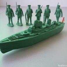 Figuras de Goma y PVC: US MISSOURI BATTLESHIP, ACORAZADO MARINA AMERICANA, NAVIO DE GUERRA Y SOLDADOS , ESTILO MONTAPLEX. Lote 130254394
