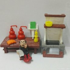 Figuras de Goma y PVC Schleich: LABORATORIO GARGAMEL SCHLEICH PEYO LOTE PITUFOS FIGURAS PVC BARRUFETS. Lote 130273394