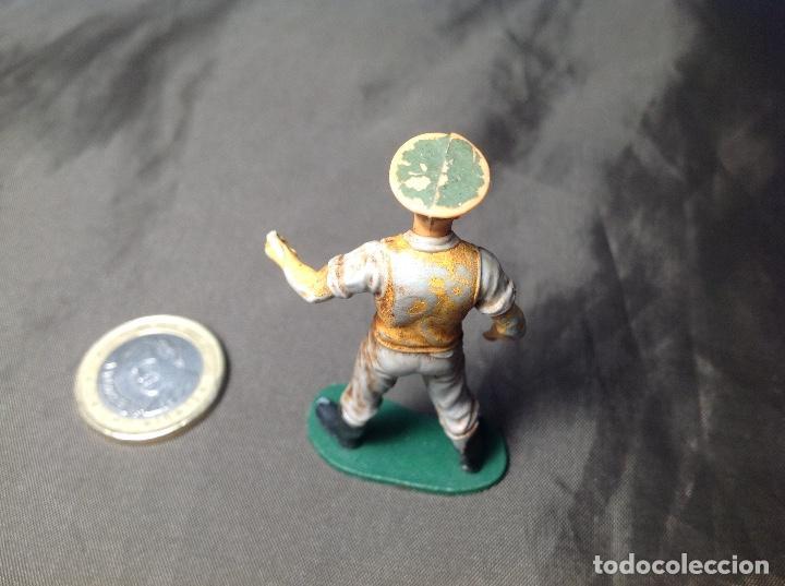 Figuras de Goma y PVC: Oficial inglés marca Britains incompleto - Foto 3 - 130413074