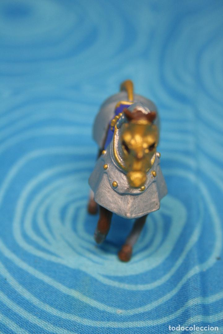 Figuras de Goma y PVC: CABALLO MEDIEVAL DE PLASTOY - Foto 4 - 130425650