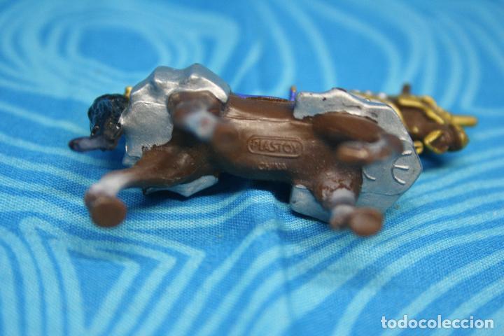 Figuras de Goma y PVC: CABALLO MEDIEVAL DE PLASTOY - Foto 7 - 130425650