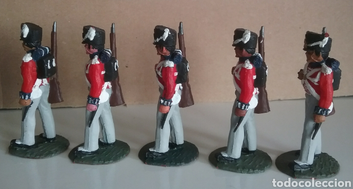 Figuras de Goma y PVC: Coldstream guards, soldados napoleónicos británicos, Timpo Waterloo, comp.Lafredo esc. britains - Foto 3 - 130516400