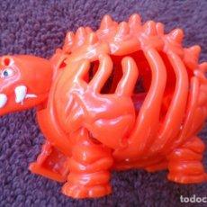 Figuras de Goma y PVC: FIGURA HUEVOS HUEVOX3 PHOSKITOS NARANJA AÑO 2002. Lote 130825772