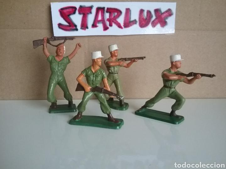 LEGIÓN EXTRANJERA FRANCESA, STARLUX FRANCIA, SOLDADOS LEGIONARIOS 2 GUERRA MUNDIAL TAMAÑO BRITAINS (Juguetes - Figuras de Goma y Pvc - Starlux)