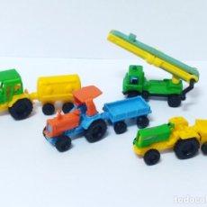 Figuras Kinder: LOTE TRACTORES KINDER CAMION JUGUETE COCHE VINTAGE. Lote 131112708