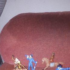 Figuras de Goma y PVC: LOTE 7 VAQUEROS E INDIOS COMANSI AÑOS 70. Lote 131860842