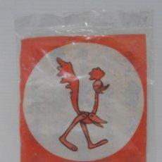 Figuras de Goma y PVC: FIGURA PROMOCIONAL WARNER DETERGENTE OMO, CORRE CAMINOS, BOLSA ORIGINAL NUNCA ABIERTA, DUNKIN. Lote 132079122