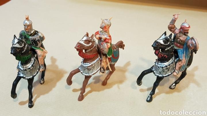 Figuras de Goma y PVC: JINETES Y CABALLOS ARABE MEDIEVAL CABALLERO REAMSA - Foto 2 - 132123525