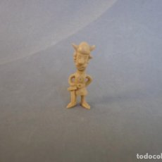 Figuras de Goma y PVC: DUNKIN VICKIE WICKIE FIGURA . Lote 132183158
