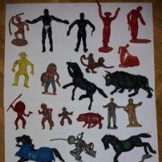Figurines en Caoutchouc et PVC: LOTE FIGURAS ANTIGUAS NEGROS INDIOS ANIMALES ARCLA JECSAN LAFREDO ? AÑOS 50 60 ?. Lote 132245434