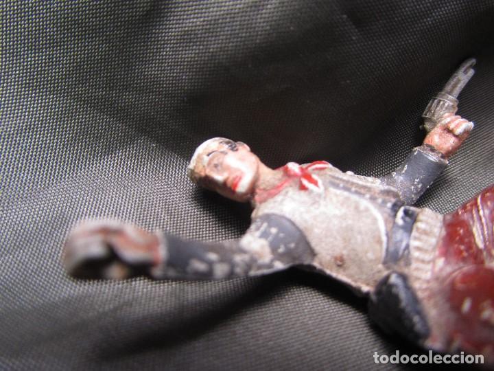 Figuras de Goma y PVC: PISTOLERO VAQUERO DE GOMA SOTORRES - Foto 3 - 132279070