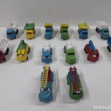 Figuras de Goma y PVC: LOTE DE CAMIONES . JUGUETE KIOSCO . AÑOS 70. Lote 132415386