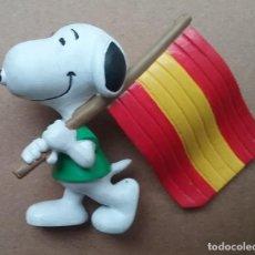 Figuras de Goma y PVC: SNOOPY CÓMICS SPAIN FIGURA PVC BANDERA ESPAÑA . Lote 132606450