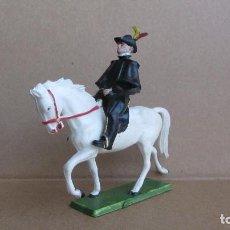 Figuras de Goma y PVC: ALGUACILILLO CON CABALLO DE STARLUX-PLASTICO RIGIDO. Lote 132624578