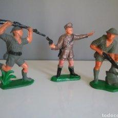 Figuras de Goma y PVC: OFICIAL Y SOLDADOS INGLESES DE COMANSI. PUENTE SOBRE EL RIO KWAI.. Lote 132716202