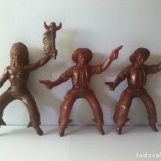 Figuras de Goma y PVC: 3 FIGURAS INDIOS Y VAQUEROS. Lote 132753633
