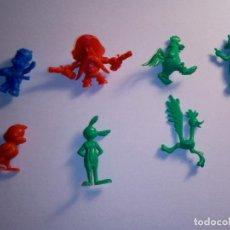 Figuras de Goma y PVC: LOTE DE ANTIGUAS FIGURAS DE LOS DIBUJOS ANIMADOS-EL COYOTE -EL CORRECAMINOS-ENTRE OTROS. Lote 132911662