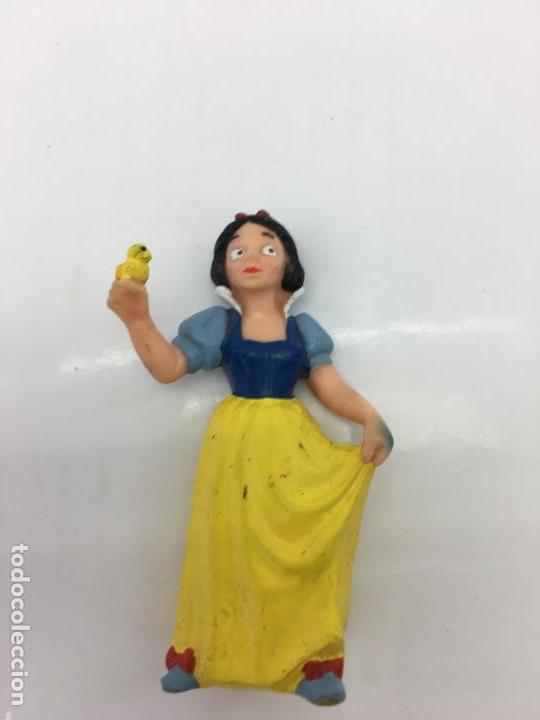 Figuras de Goma y PVC: FIGURITA BLANCANIEVES - DE PVC O GOMA DURA - BULLYLAND . MADE IN CHINA - HANDPAINTED - Foto 6 - 133061666