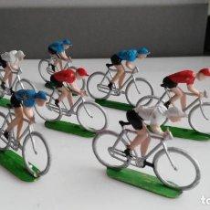 Figuras de Goma y PVC: ANTIGUOS CICLISTAS PLASTICO SOTORRES. Lote 133079010
