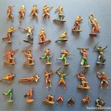 Figuras de Goma y PVC: GAMA: 23 FIGURAS EN DOS PIEZAS, DE INDIOS Y COWBOYS, MÁS 7 MEDIAS PIEZAS DE REGALO. EN GOMA.. Lote 133292058
