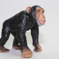 Figuras de Goma y PVC: ANIMALES SCHLEICH 14189 MONO CHIMPANCE. Lote 133335258