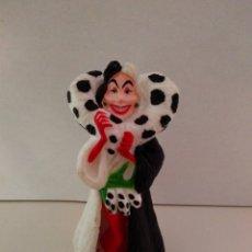 Figuras de Goma y PVC: MUÑECO PVC BULLYLAND CRUELA DE VIL 101 DÁLMATAS. Lote 133368834