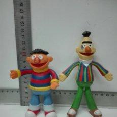 Figuras de Goma y PVC: DOS FIGURAS DE PVC. GRANDES. Lote 128995004