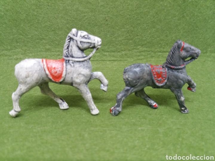 Figuras de Goma y PVC: Antiguas Figuras de Caballos en Goma. Serie 40-45 mm. Lafredo y/o Alca-Capell. - Foto 2 - 133974210