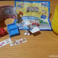 Figuras Kinder: FIGURA MUÑECO KINDER LOS PITUFOS. HUEVO MAXI GRANDE. Lote 134049618
