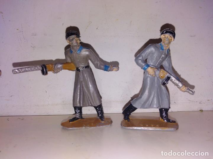 Figuras de Goma y PVC: Soldados del mundo comansi rusos Rusia años 70 - Foto 2 - 134180810