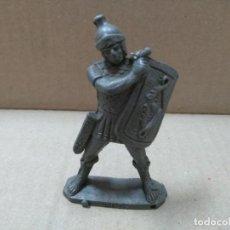 Figuras de Goma y PVC: ANTIGUA FIGURA ROMANO REG GRIS. Lote 134384874