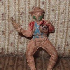Figuras de Goma y PVC: BANDIDO CON CARTERA DE DINERO,PECH,GOMA,AÑOS 50. Lote 135151986