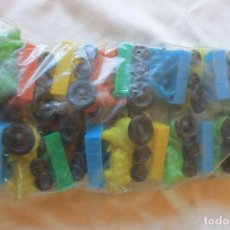 Figuras de Goma y PVC: LOTE 12 TRACTORES PLASTICO, BARATIJAS BULLY, VALENCIA, AÑOS 70. Lote 135311998