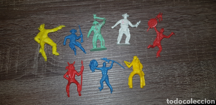 Figuras de Goma y PVC: Lote figuras oeste indios, americanos soldados años 70/ 80 plástico duro - Foto 2 - 135505099