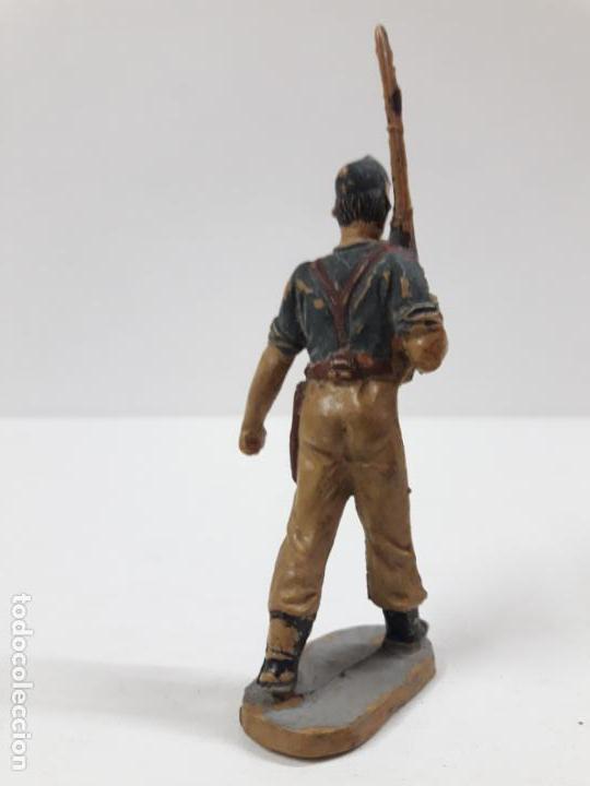 Figuras de Goma y PVC: SOLDADO LEGIONARIO . DESFILE DE PECH . AÑOS 50 . EN GOMA - Foto 3 - 135511934