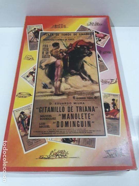 CAJA ORIGINAL DE LA CORRIDA DE TOROS . REALIZADA POR PECH . AÑOS 60 (Juguetes - Figuras de Goma y Pvc - Pech)