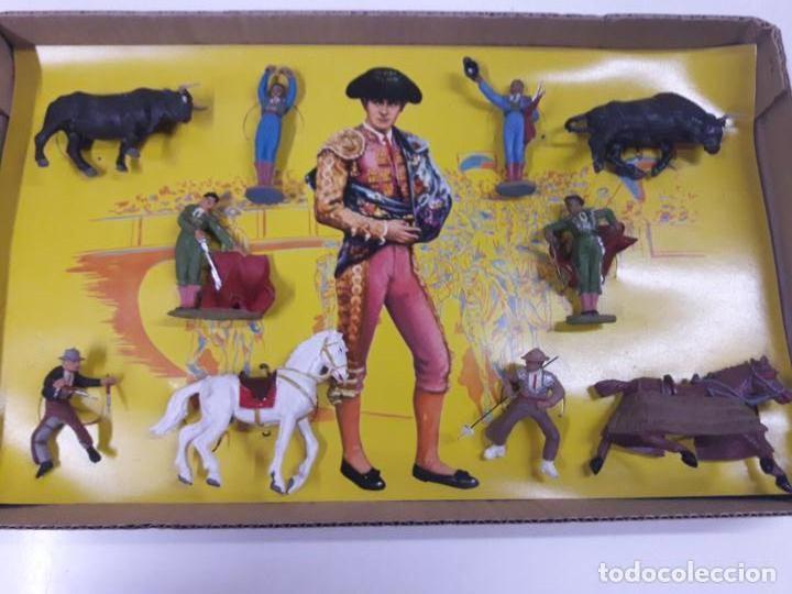 Figuras de Goma y PVC: CAJA ORIGINAL DE LA CORRIDA DE TOROS . REALIZADA POR PECH . AÑOS 60 - Foto 3 - 135518578