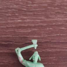 Figuras de Goma y PVC: ANTIGUA FIGURA INDIO OESTE AMERICANO KIOSKO AÑOS 70/80 RAREZA. Lote 135549673