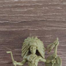 Figuras de Goma y PVC: ANTIGUA FIGURA INDIO OESTE AMERICANO KIOSKO AÑOS 70/80. Lote 135550202