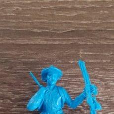 Figuras de Goma y PVC: ANTIGUA FIGURA INDIO OESTE AMERICANO KIOSKO AÑOS 70/80 MILITARES SOLDADOS. Lote 135550597