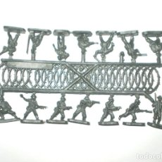 Figuras de Goma y PVC: MONTAPLEX 1 COLADA DE SOLDADOS NEOZELANDESES DEL SOBRE Nº 160 - COLOR GRIS PLATA ANZAC. Lote 164899800