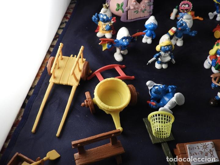 Figuras de Goma y PVC: CONJUNTO DE FIGURAS Y OBJETOS DE PITUFOS MAS LA CASA SCHTROUMPFETTE - Foto 6 - 136035422