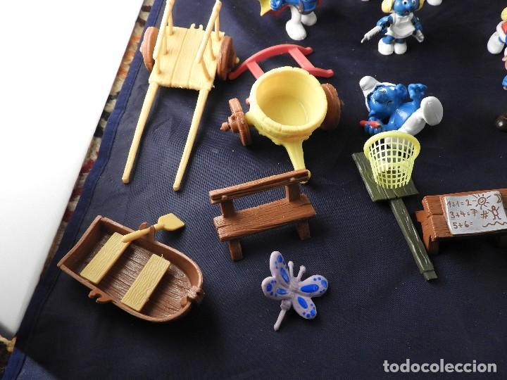 Figuras de Goma y PVC: CONJUNTO DE FIGURAS Y OBJETOS DE PITUFOS MAS LA CASA SCHTROUMPFETTE - Foto 7 - 136035422