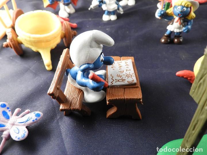 Figuras de Goma y PVC: CONJUNTO DE FIGURAS Y OBJETOS DE PITUFOS MAS LA CASA SCHTROUMPFETTE - Foto 13 - 136035422